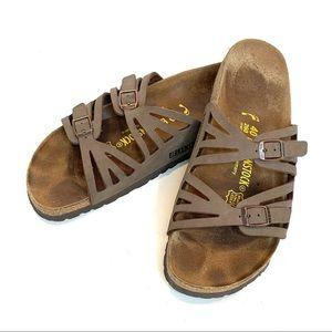 BIRKENSTOCK | Granada Sandals